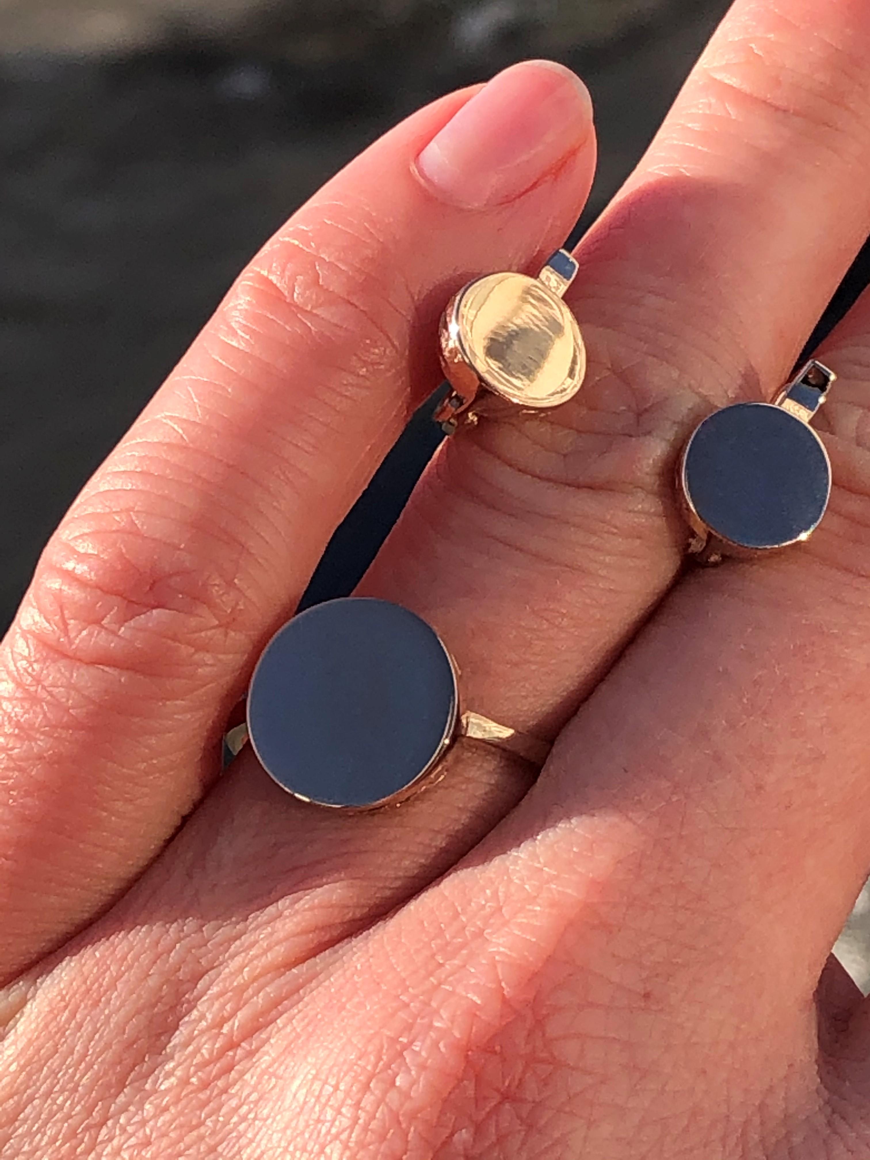 Модное золотое кольцо без вставок