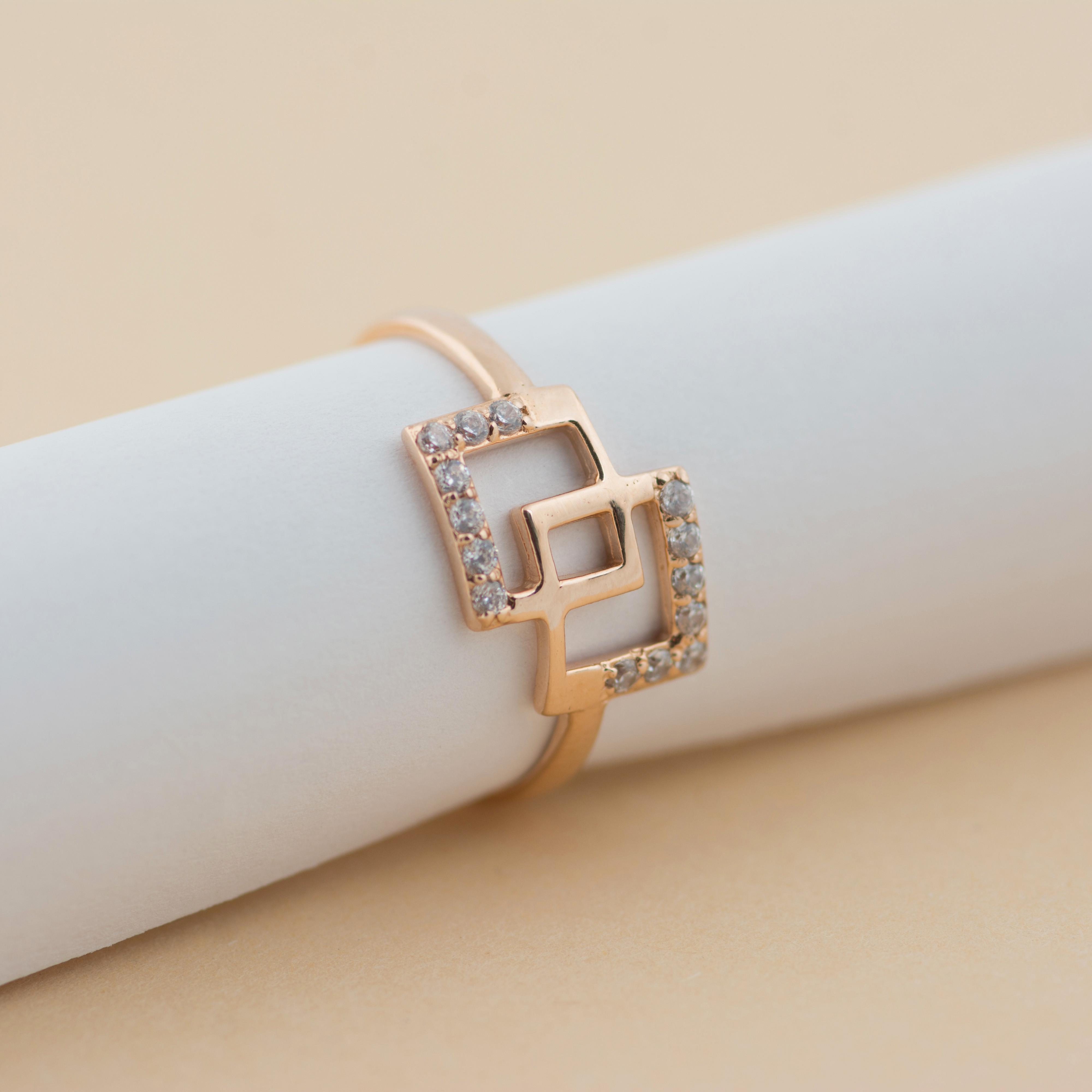 Модное золотое кольцо по низкой цене производителя Киевголд
