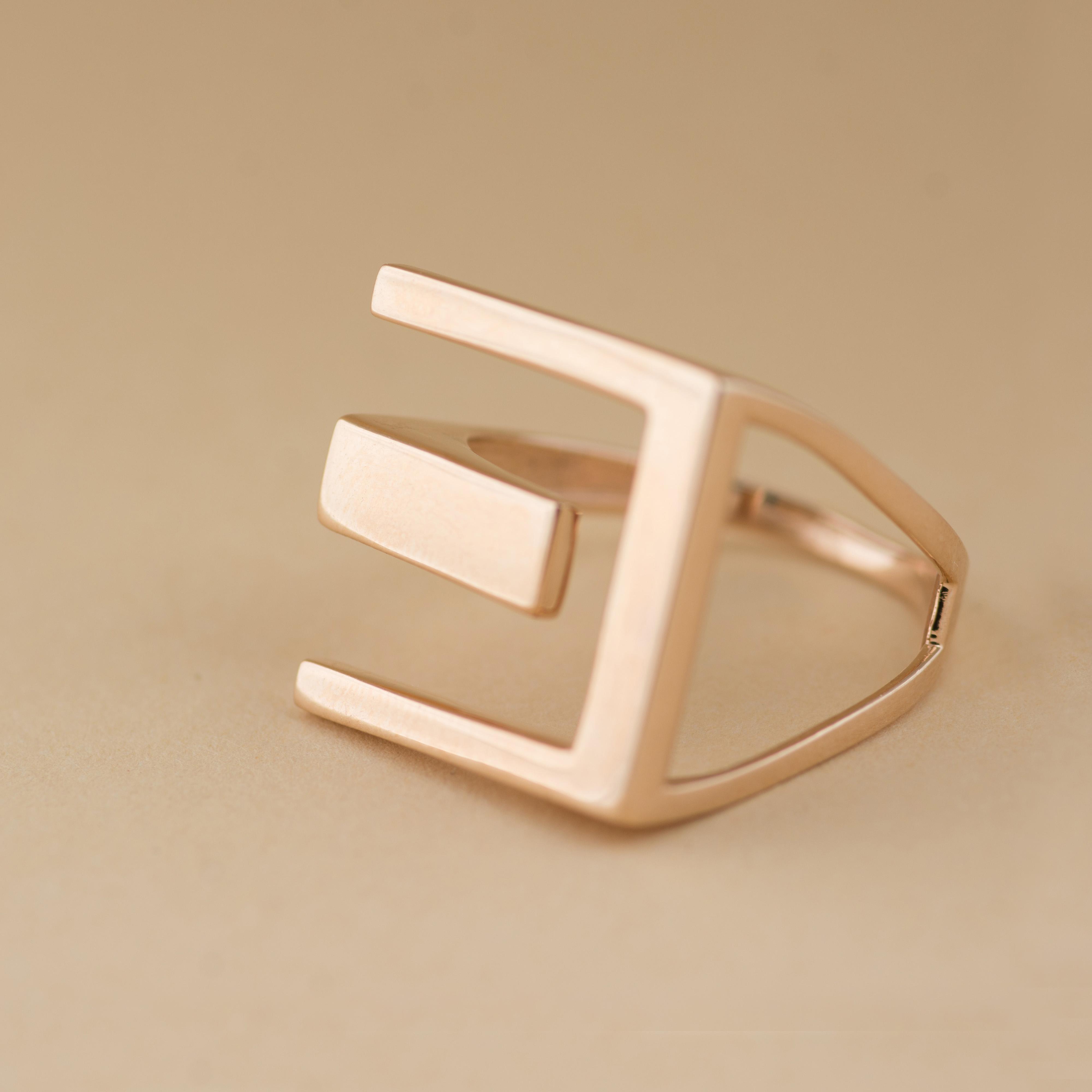 Золотое кольцо в стиле тиффани
