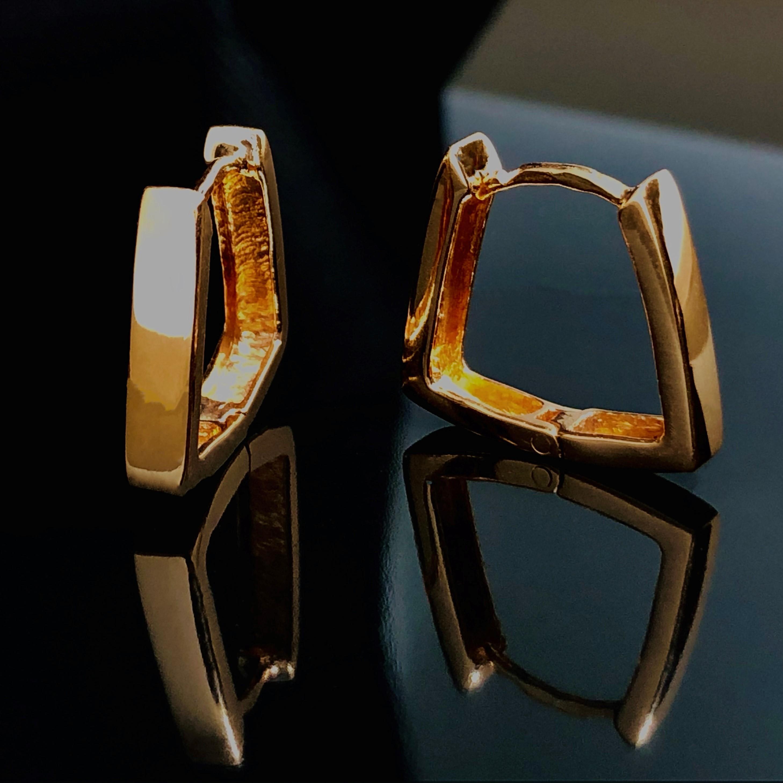 Золотые серьги скобы без вставок
